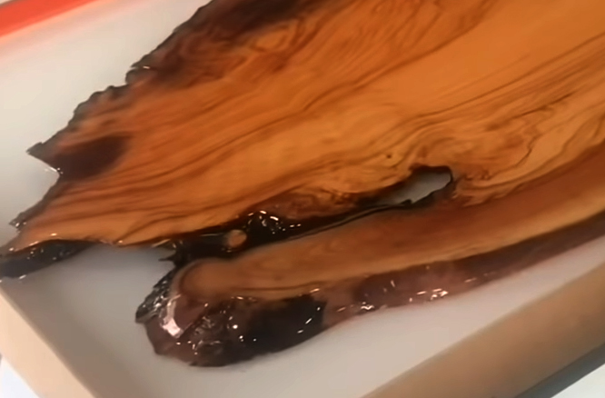 Best Epoxy Resins for Woodworking