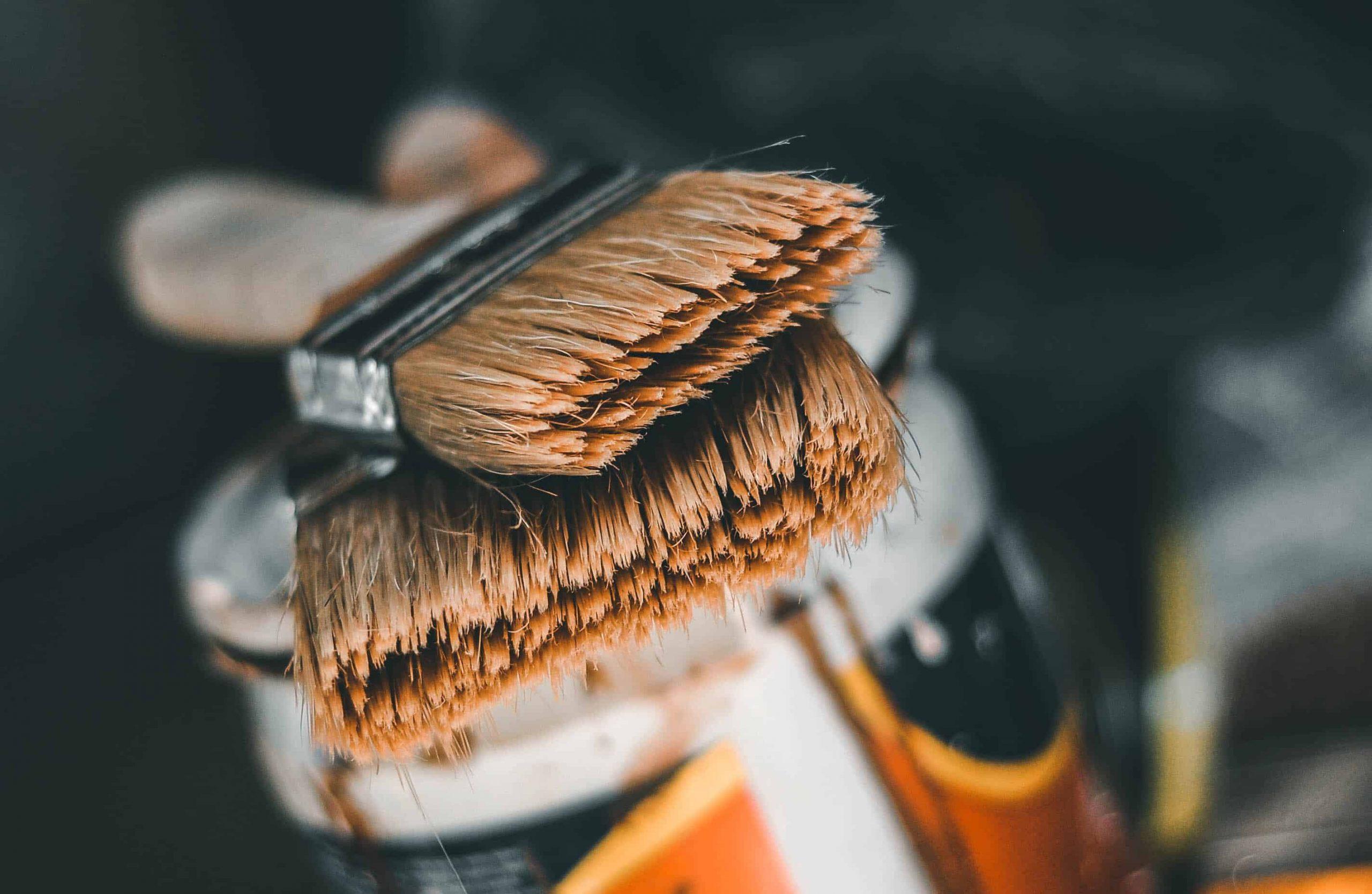 How many coats of primer on wood